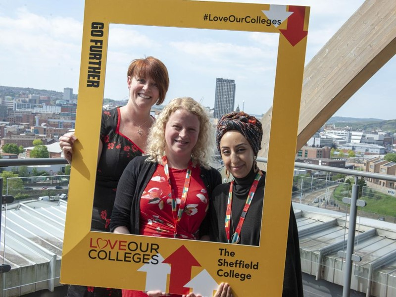 Councillors take part in Love our Colleges event