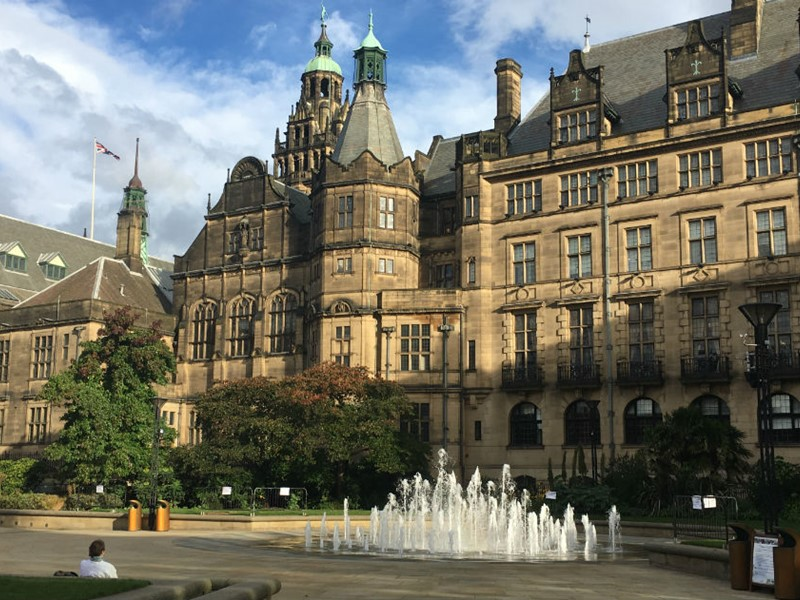 Photograph of Sheffield Town Hall and Peace Gardens